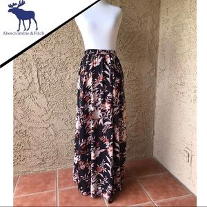 Abercrombie floral skirt